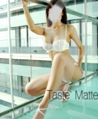 Sandel Female escorts Spain