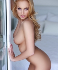 Russian Blonde Female escorts France