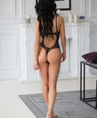 Lisa Female escorts United Kingdom