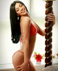 Lucy Female escorts United Kingdom