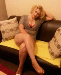 moni Female escorts United Kingdom