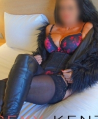 Cindi Female escorts United Kingdom