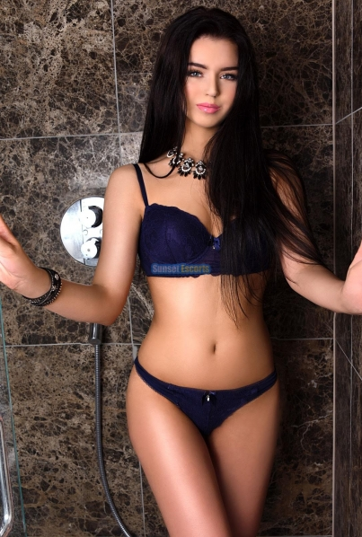 Sexy Sammie Female escorts United Kingdom