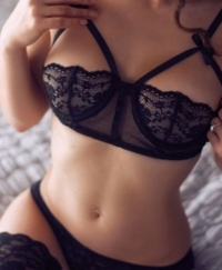 Kaira Female escorts United Kingdom