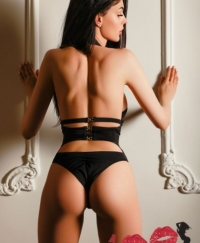 SANDRA  Female escorts United Kingdom