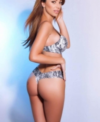 Cleo Female escorts United Kingdom