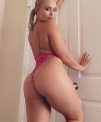 ARIANNA Female escorts United States